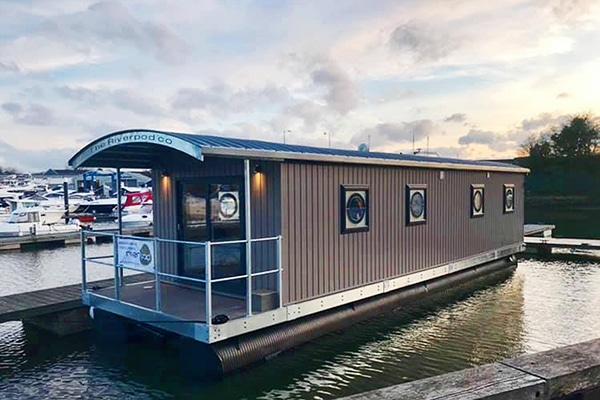 Eco Pod accommodation on the River Hamble